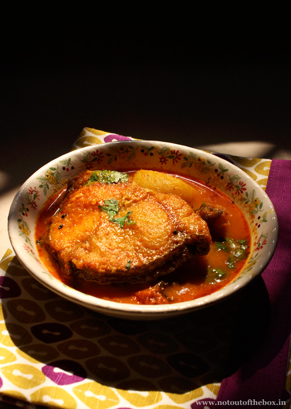 how to make fish gravy indian style