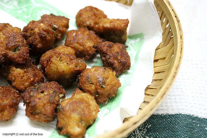 Cabbage Fritters/Bandhakopir Pokora